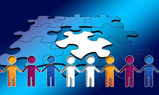 La centralità del Territorio nella rete dei Servizi di Riabilitazione e la necessità di sperimentare nuove modalità operative quali il Fisioterapista di Comunità